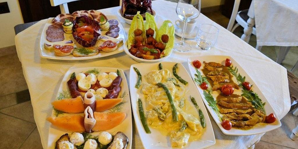 The restaurant at Casale Il Tiglio
