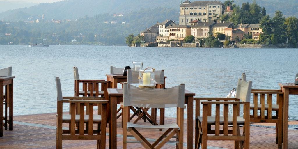 La terrasse et la vue sur le Lac d'Orta à San Rocco