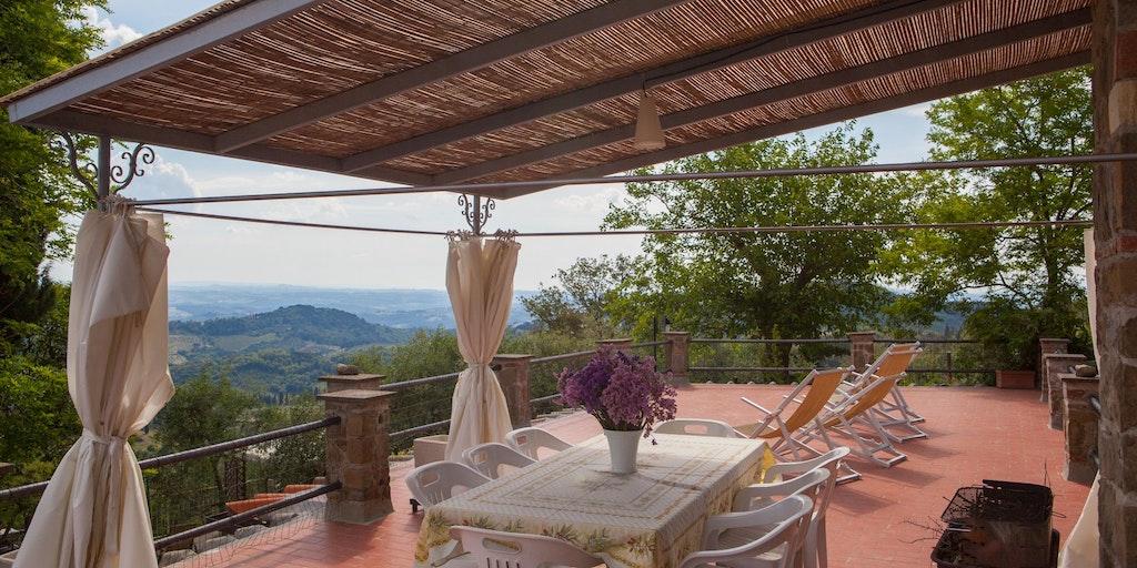 Terrasse til lejlighed Fienile
