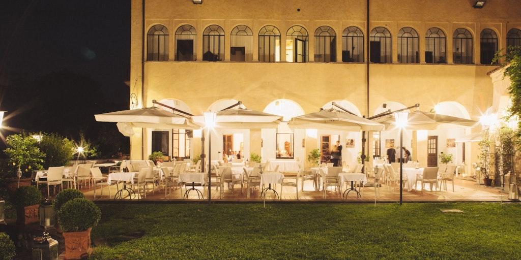 Kvällsstämning på Castello Oldofredi