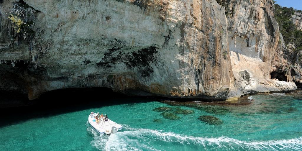 Grottene Blue Marino sør for Cala Gonone