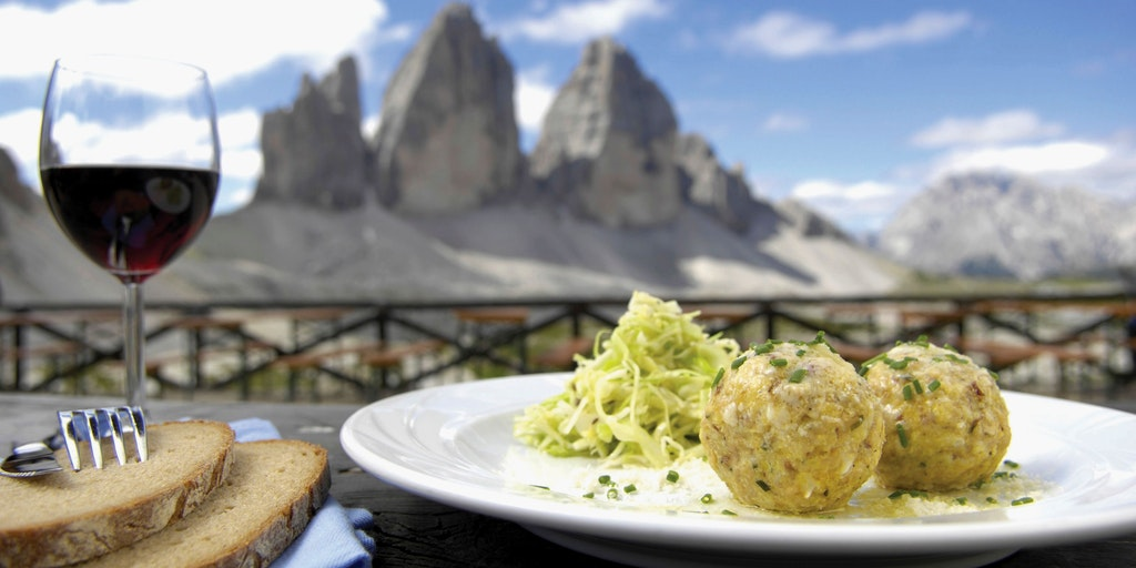 Canederli and the legendary peaks Cime di Lavaredo
