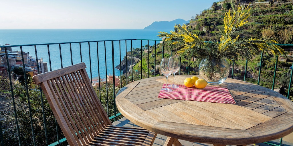 Terrace with sea views over the Cinque Terre