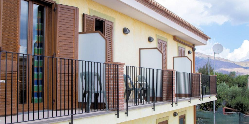 Superiorrum med tillhörande balkong