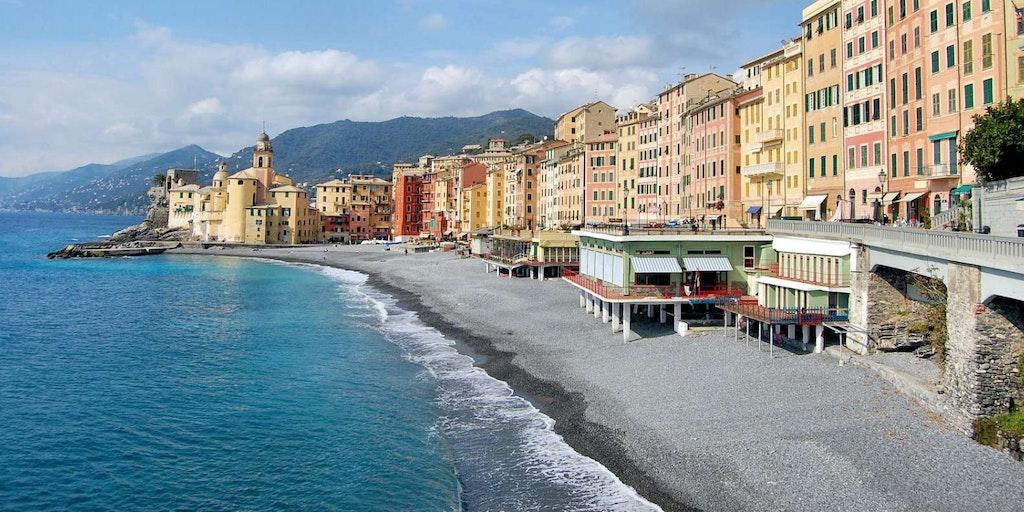 Through Canogli on a driving holiday in Liguria