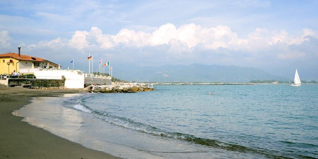 Stranden tæt på hotellet