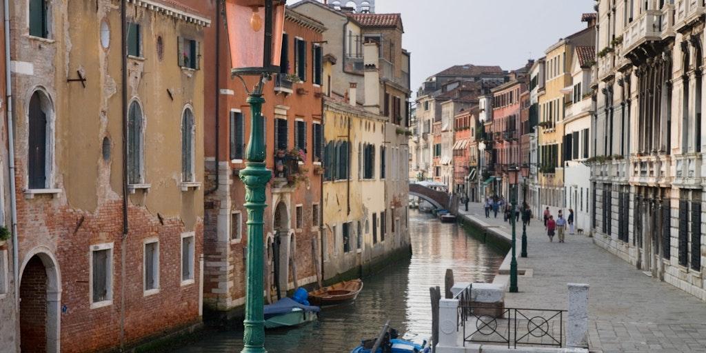 Kör på bilsemester till Venedig och området runt omkring (foto: Jorge Royan, Wikimedia Commons).