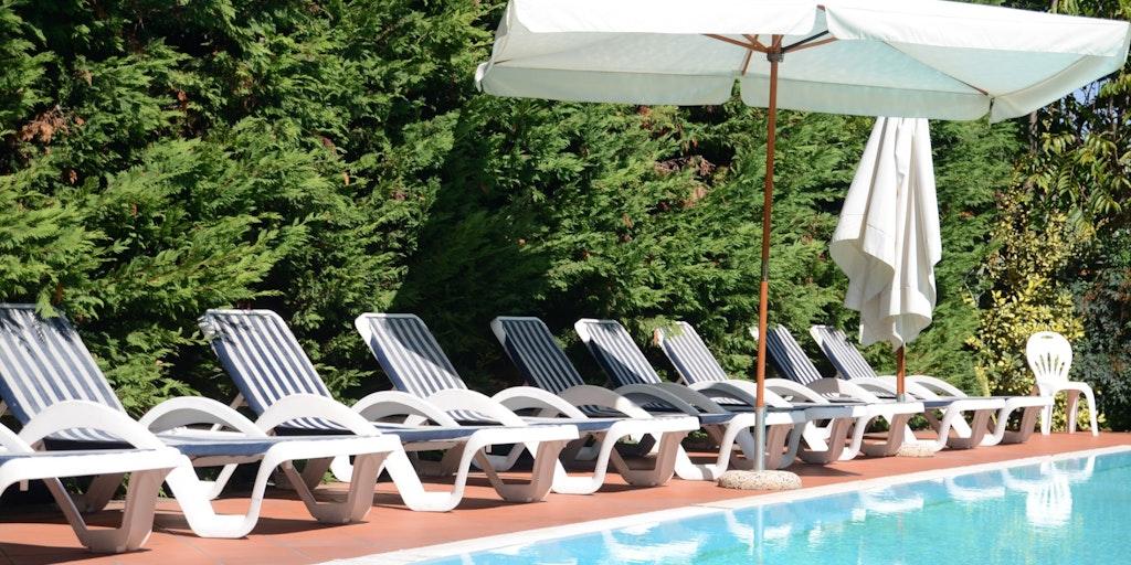 Der Swimmingpool für die Gäste