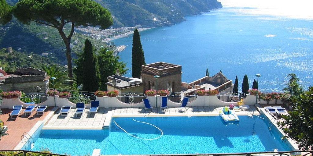 Hyr en villa på Amalfikusten genom In-Italia. Här Residence Villa Casale