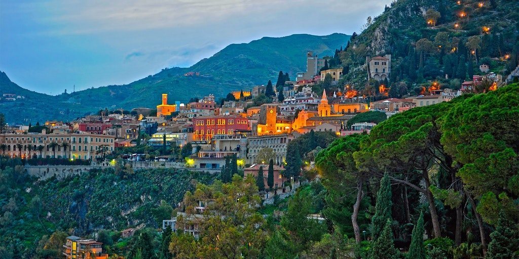 Taormina i aftenlyset