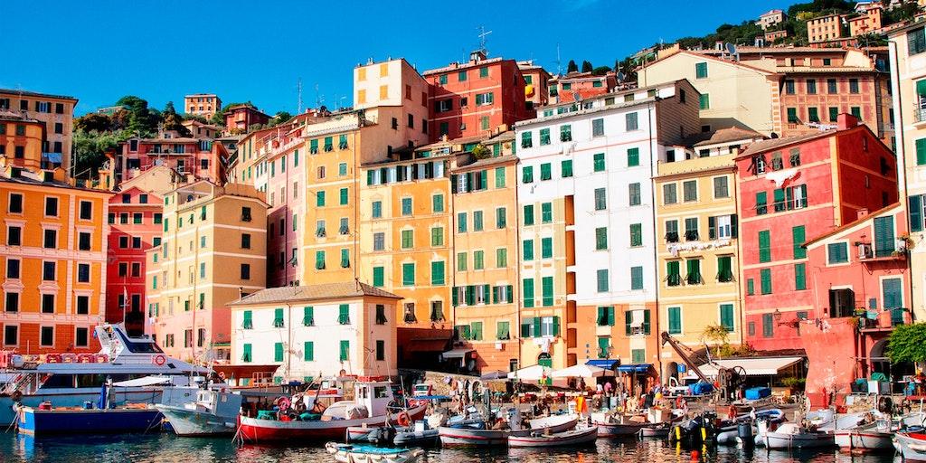 Camogli med de farvestrålende huse