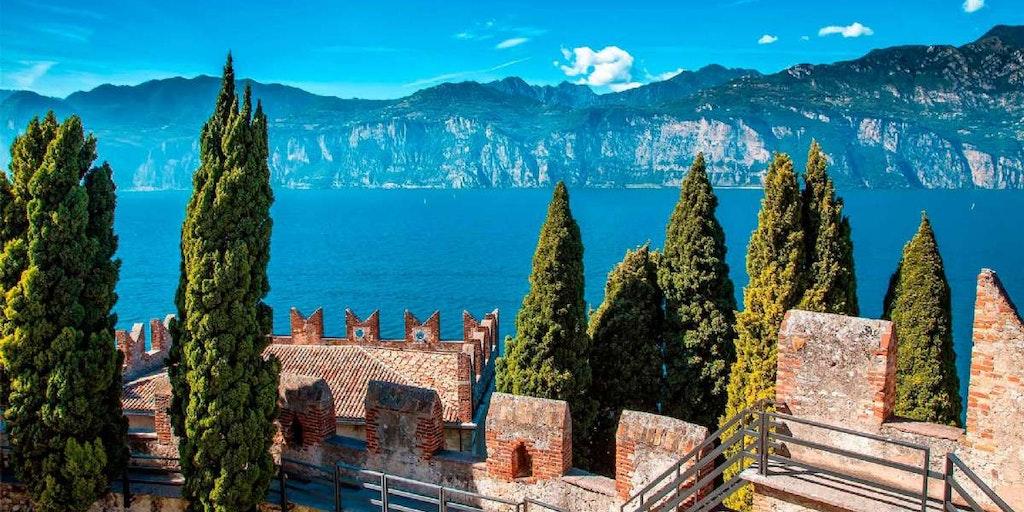 Åk på guidade turer eller utflykter vid Gardasjön