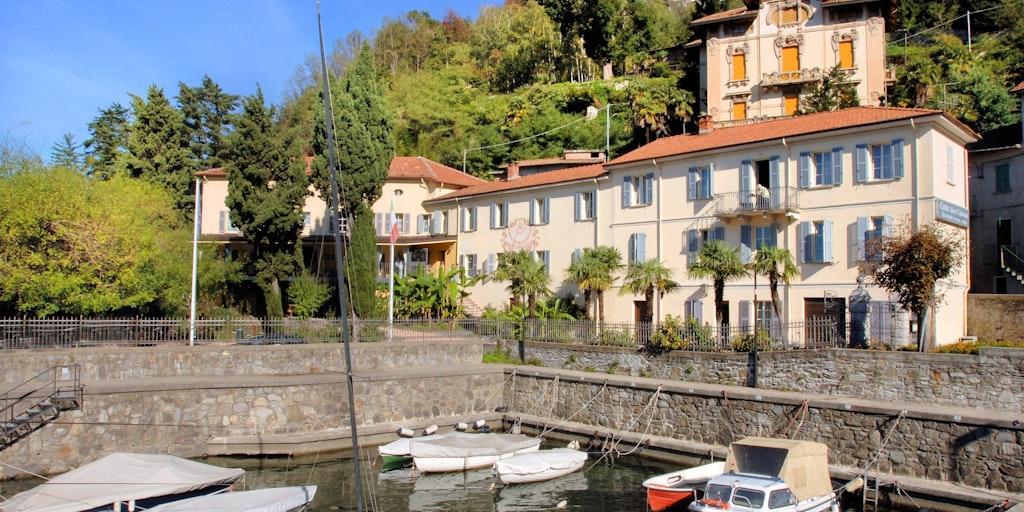 Camin Hotel Colmegna Luino Va Italien