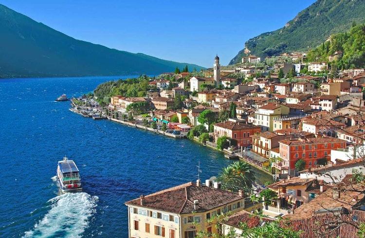 Rejser Til Gardasoen Book Billig Flyrejse Med In Italia