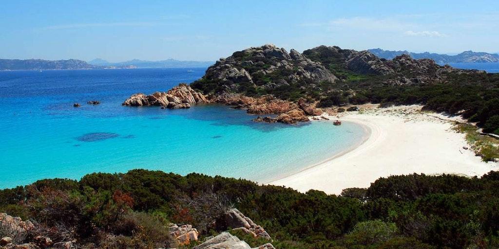 Resor till Sardinien med några av Europas vackraste stränder