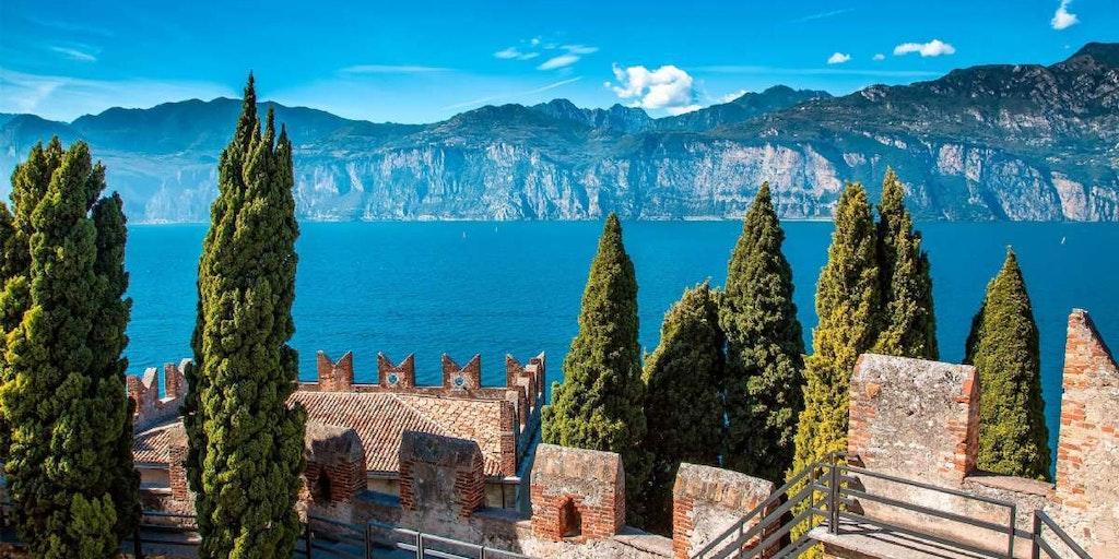 Rejser til Lombardiet med de mange, smukke søer.