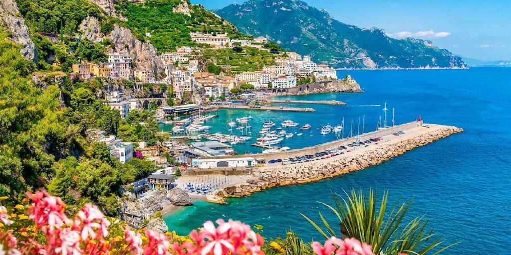 Du får fuld valuta på smukke udsigter når du rejser til Amalfikysten med In-Italia.
