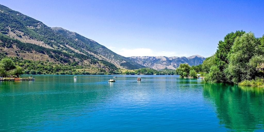 Lago di Scanno – den største naturlige sø i regionen Abruzzo