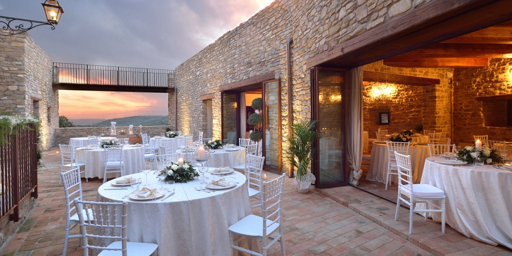 <p>Schloss Sorgnano mit Restaurant</p>