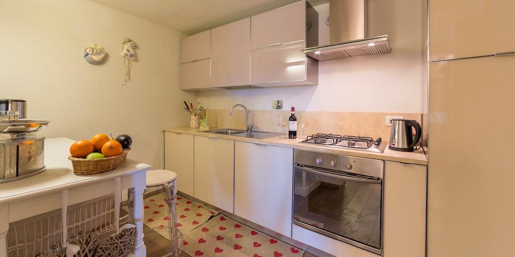 Zweizimmerwohnung im 1. Stock - Küche