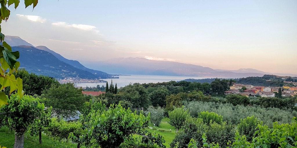 Séjour romantique à la campagne. Salò, Lac de Garde. Villa Arcadio.