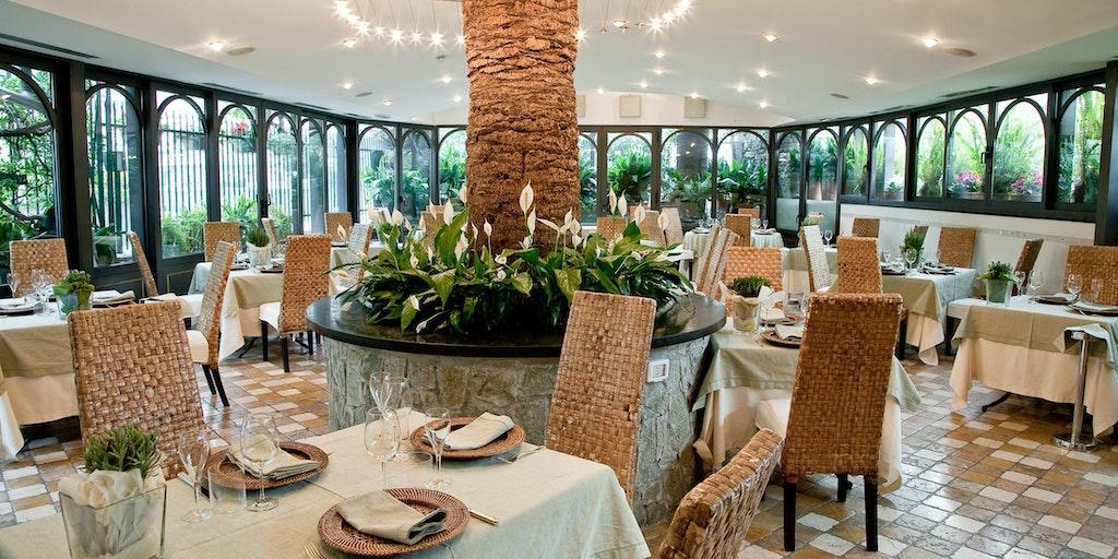 <p>Restaurant Manuelina</p>