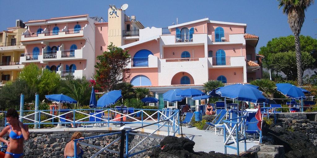 Nike hotel hotell i giardini di naxos p sicilien - I giardini di naxos ...