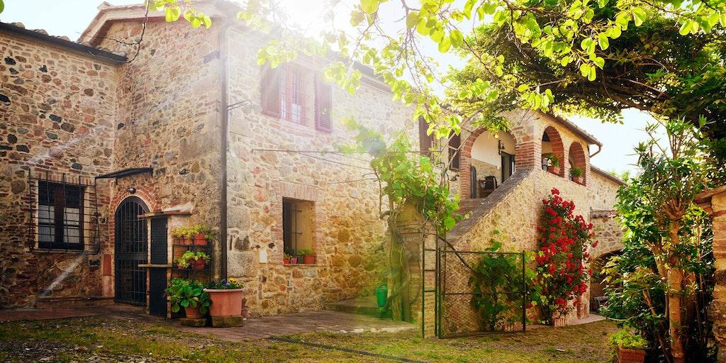 Vælg mellem mange dejlige Agriturismo i Toscana med In-Italia