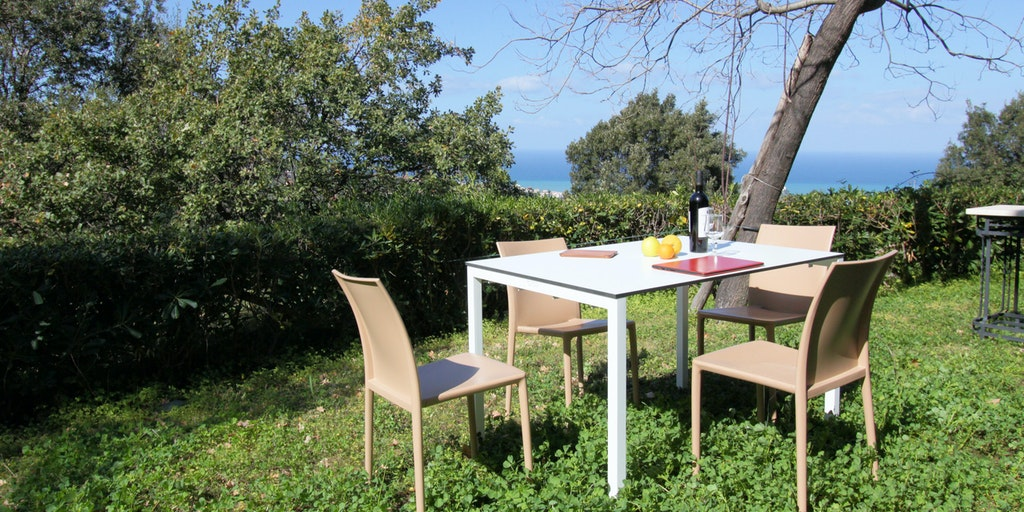 Terrasse og have til Treværelseslejlighed Garden