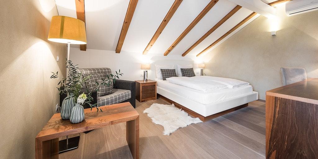 Boutique hotel zum rosenbaum hotel in nalles im s dtirol for Sudtirol boutique hotel