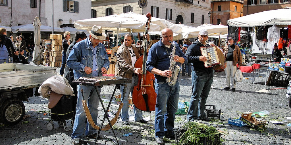 Musicians on the Campo de 'Fiori