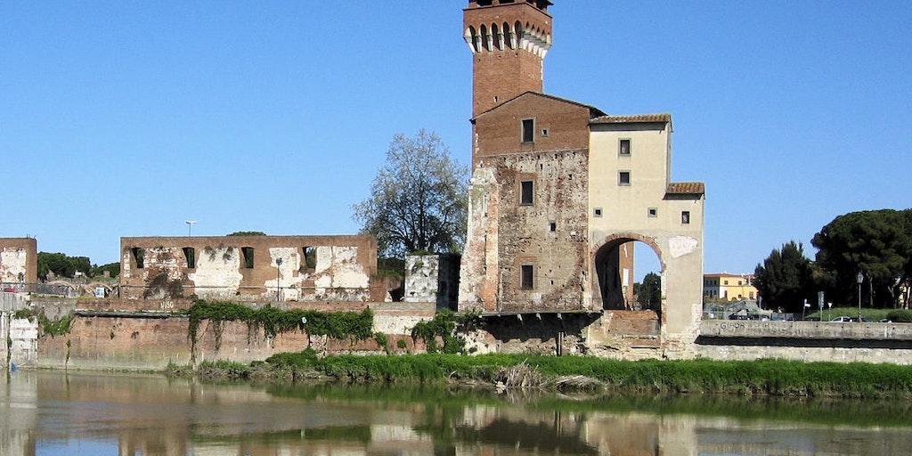 Arsenale Marittimo next to the river Arno