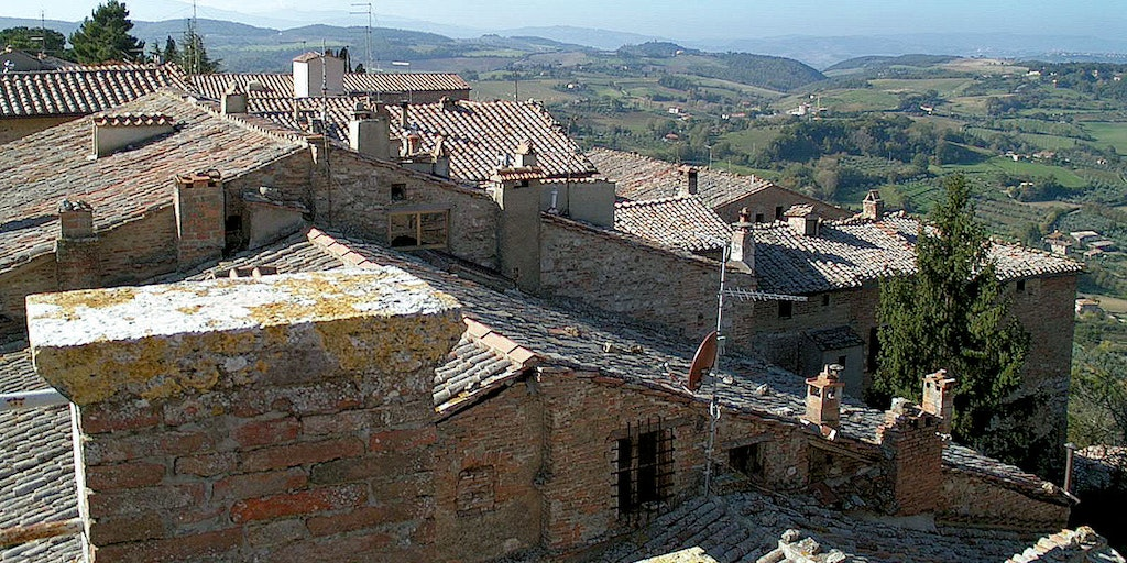 The sloping streets of Montepulciano's historic centre