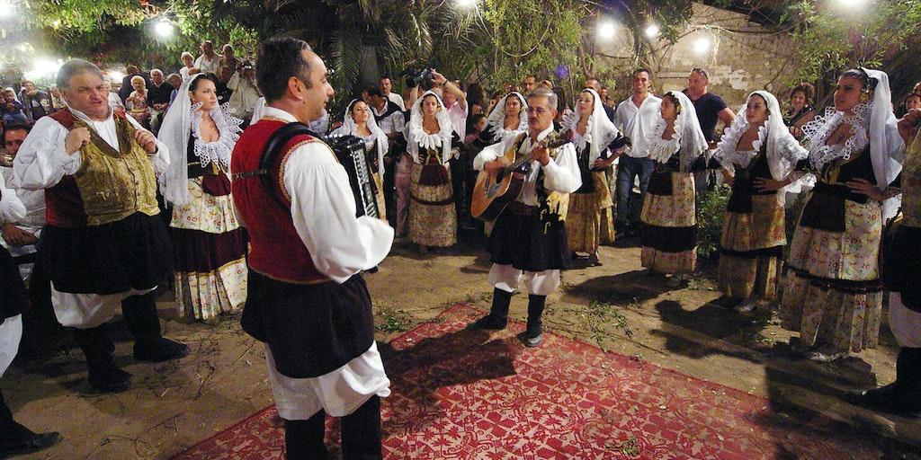 Sardisk folkefest