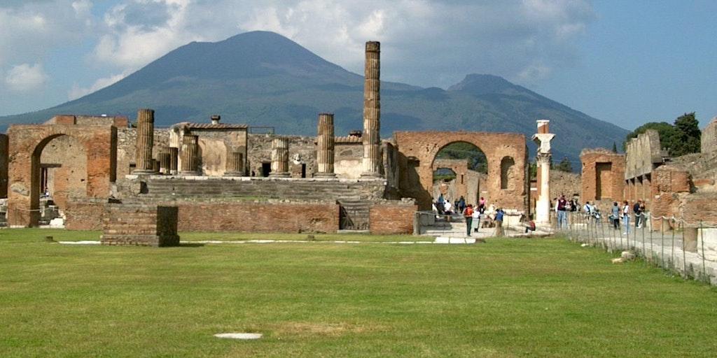 Pompeis grav och Vesuvio vulkanen