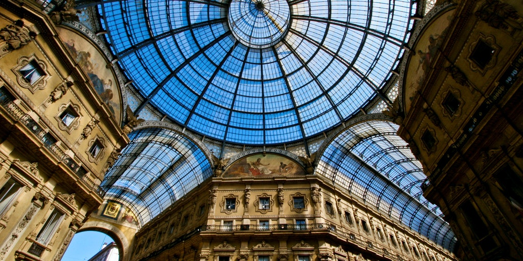 The impressive roof in the gallery Vittorio Emanuele II