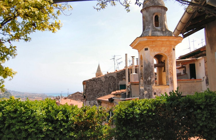 B&B La Terrazza dei Pelargoni - Hotell i Ventimiglia