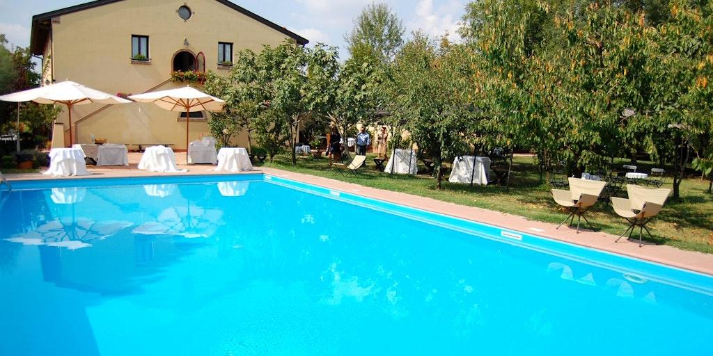 Poolen är en av många höjdpunkter på Villa Belfiore