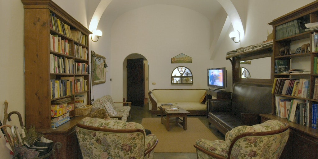 Library and TV room for contemplation