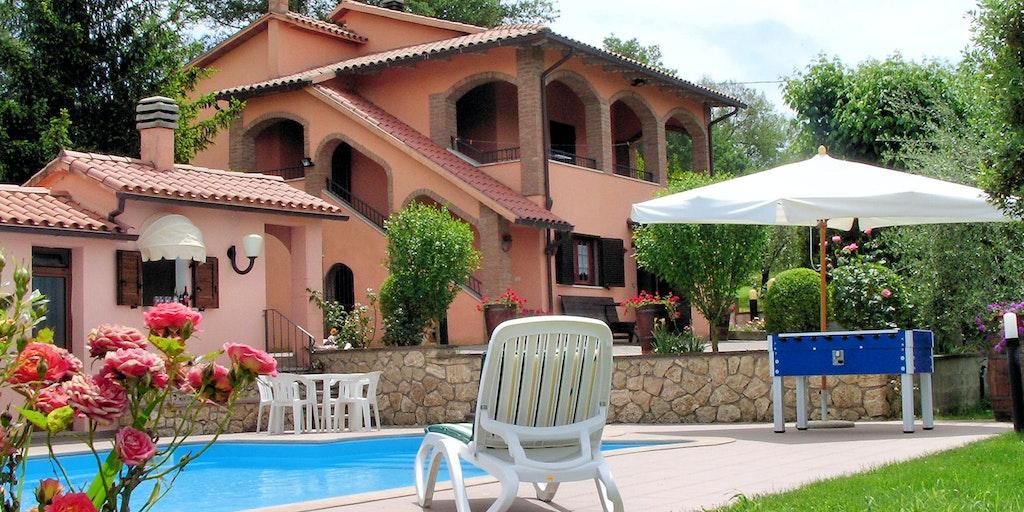 Villa Santa Teresa vid Baschi