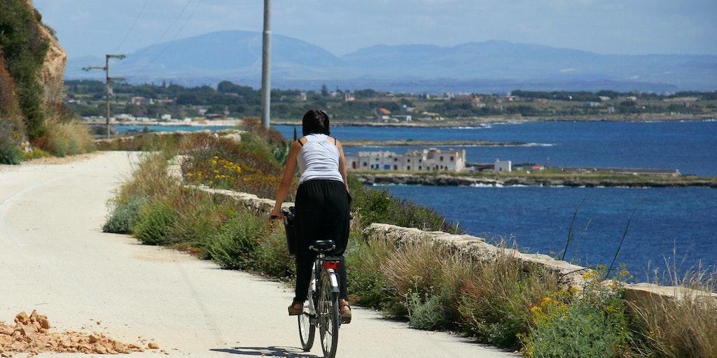 En vélo sur l'île de Favignana