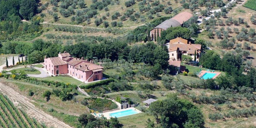 Le Fonti a San Giorgio and the nearby Locanda di San Giorgio as seen from the air
