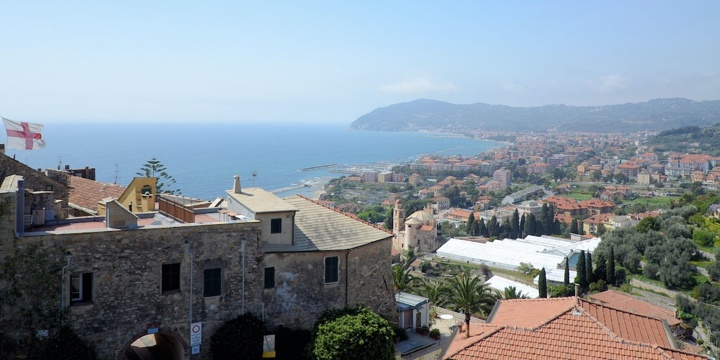 View from the communal roof terrace to the neighbouring towns of Diano Marina and San Bartolomeo al Mare