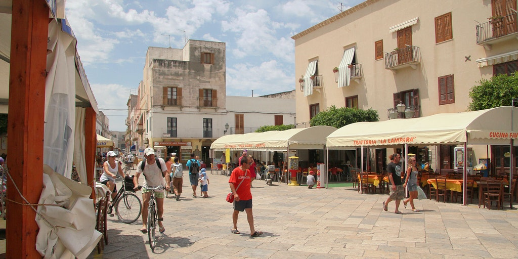 The square in front of Casa della Nonna