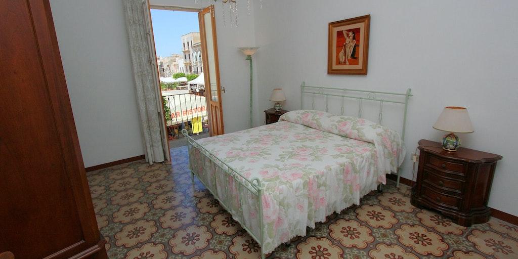 Room Verdana