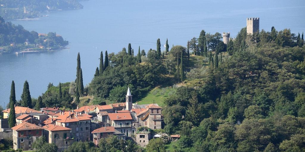 Pelerdo, ville voisine, et Castello di Vezio