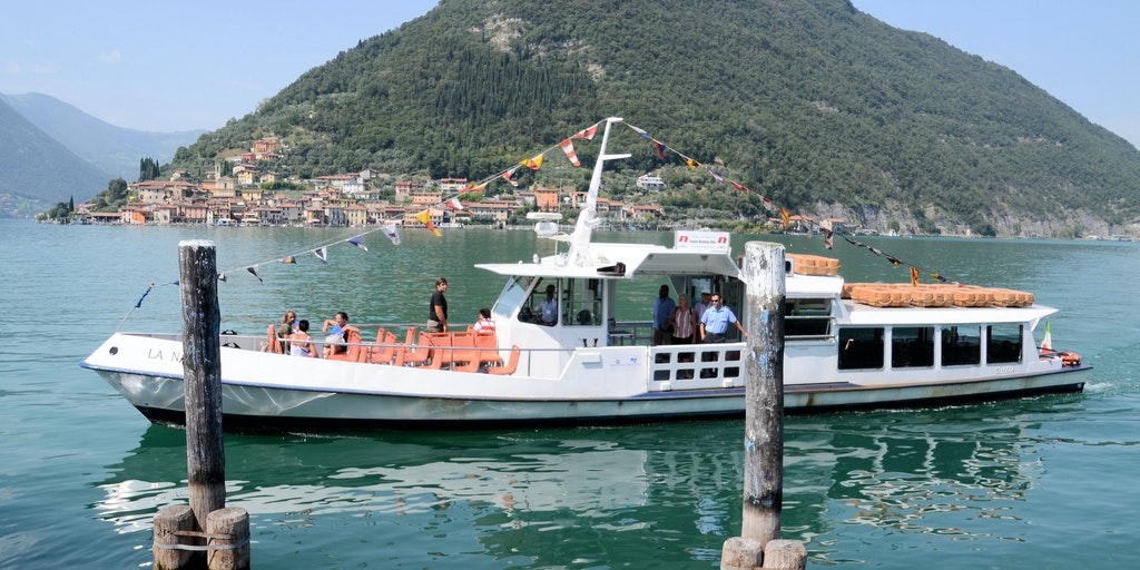 The ferry to Montisola
