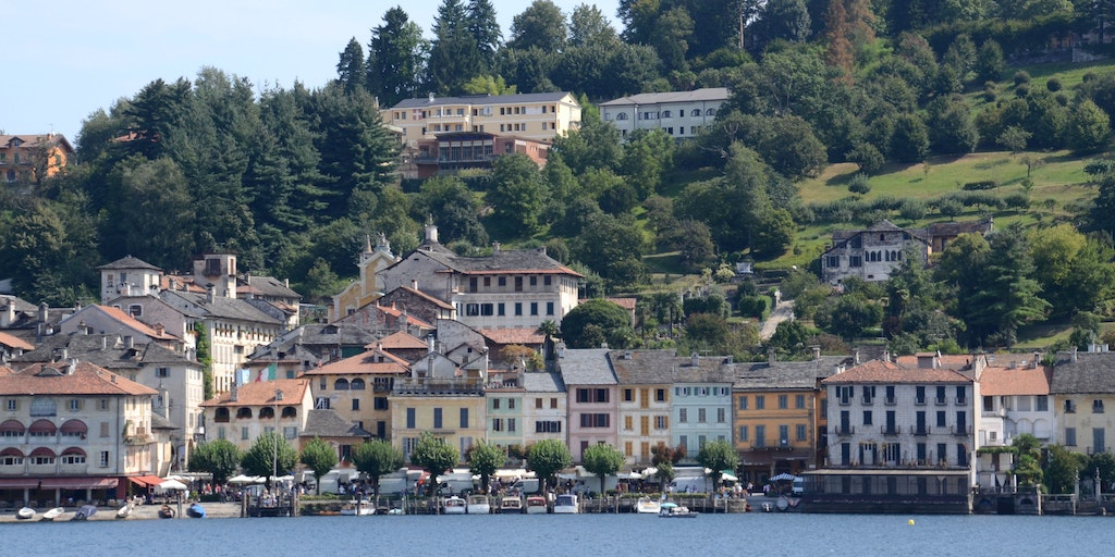 The centre of Orta San Giulio and the Lake