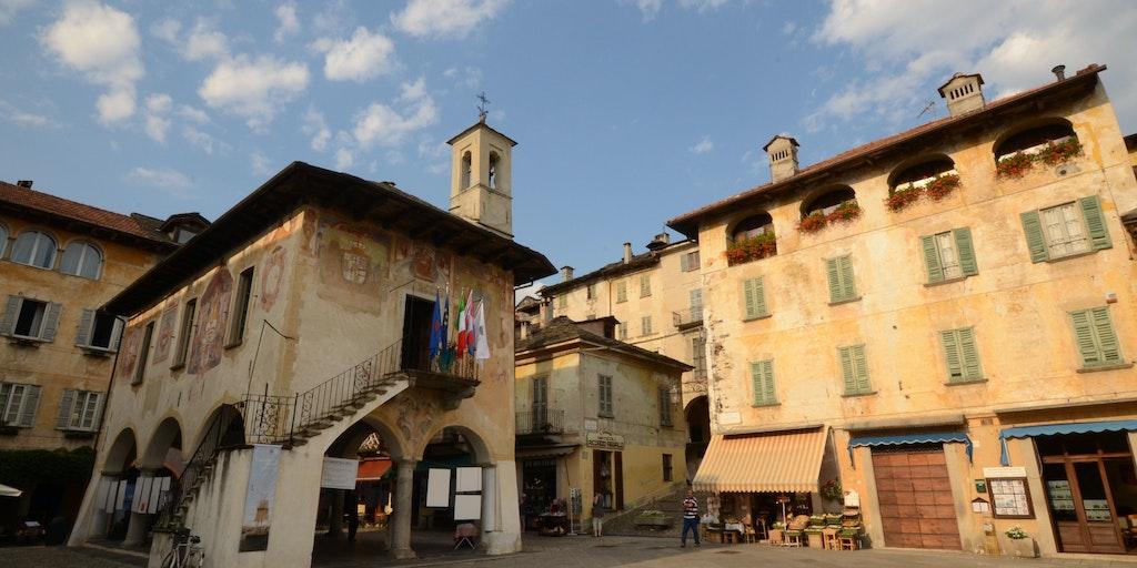 Piazza Motta à Orta San Giulio