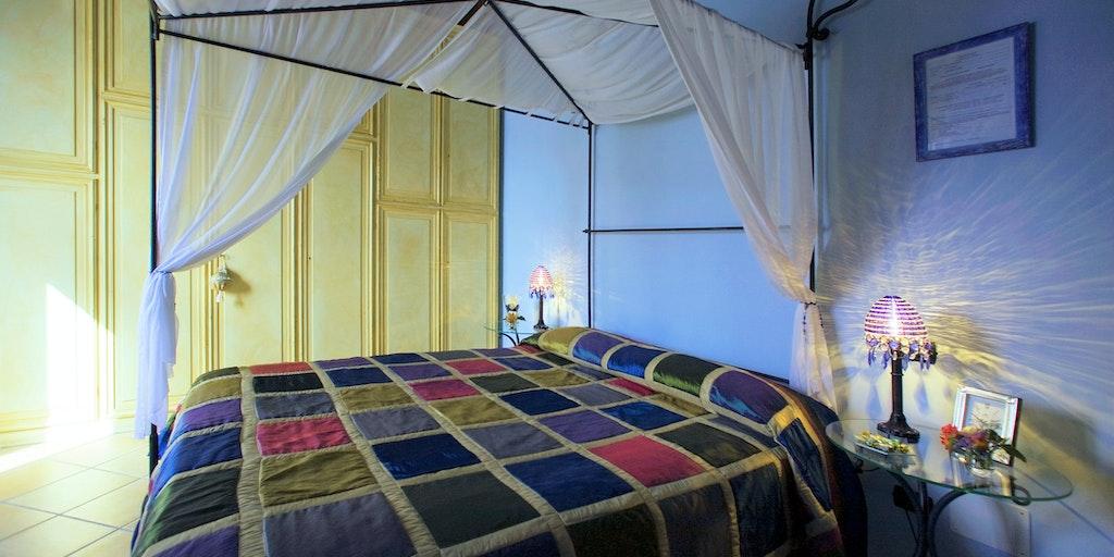 Zimmer Manteia mit Balkon
